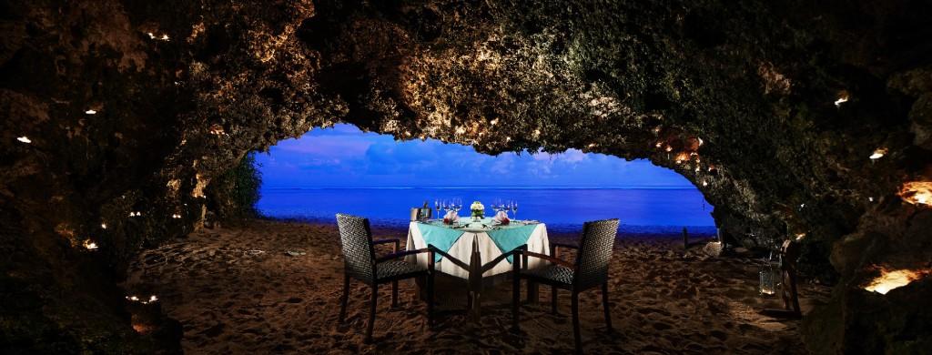Cave dining nusa dua 1024x390