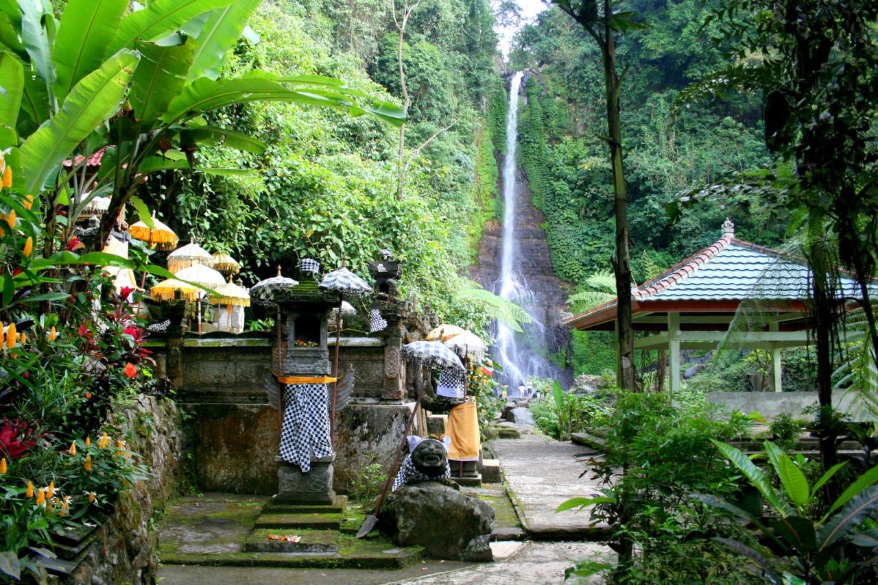 Gitgit waterfall q21skhb