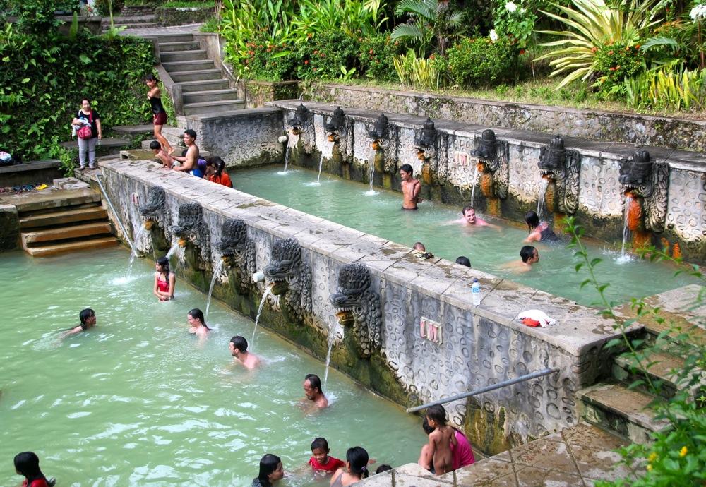 Source d`eau chaude Banjar