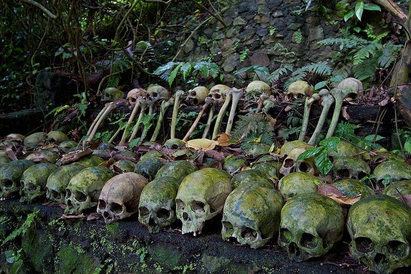 800px human skulls trunyan lake batur bali