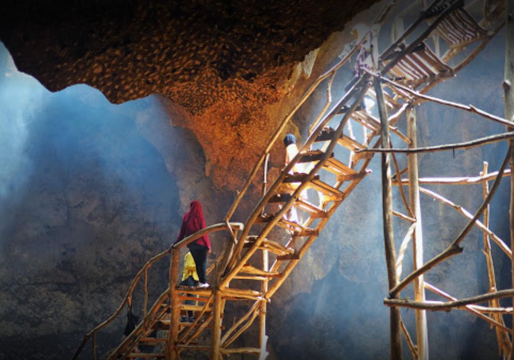 Bangkang cave 2