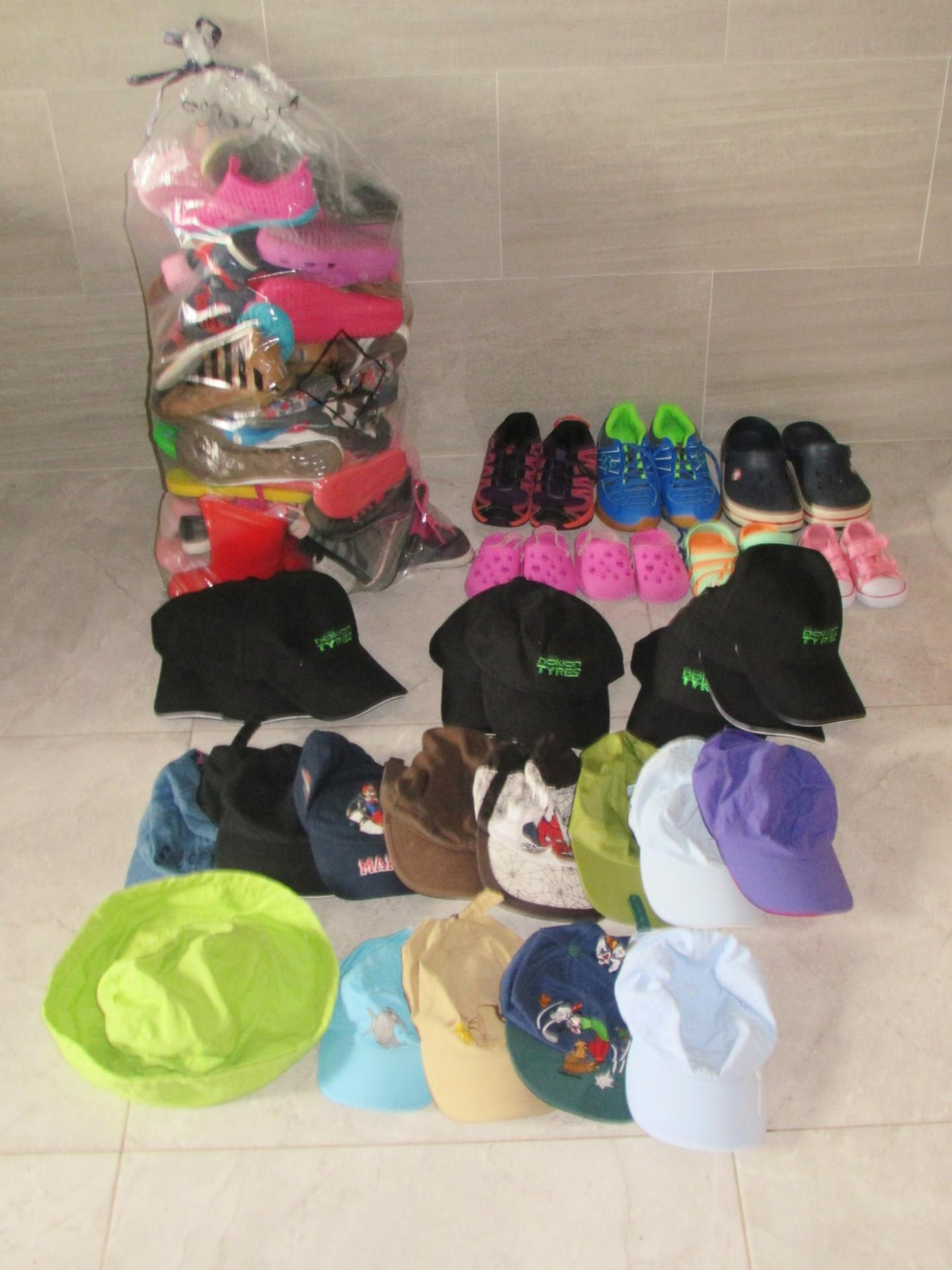 Chaussures et sacs reçus