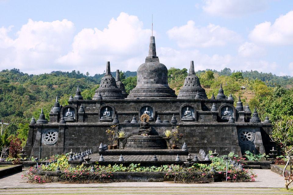 Temple bouddhiste à Bali