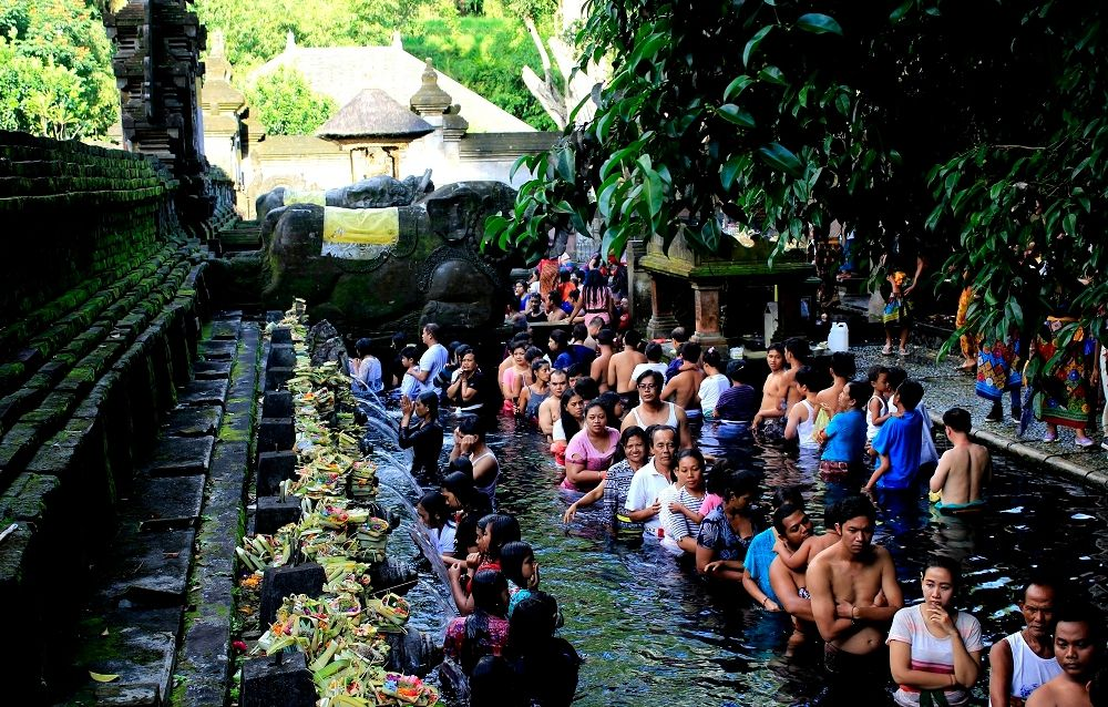 Temple de la source sacrée : Tirta Empul