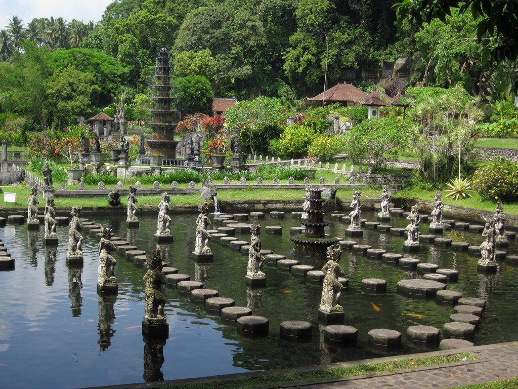 Bassins royaux de Tirtagangga